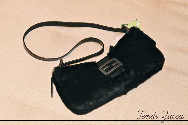 blog-da-alice-ferraz-wishlist-shelf-fendi-zucca-mini-baguette