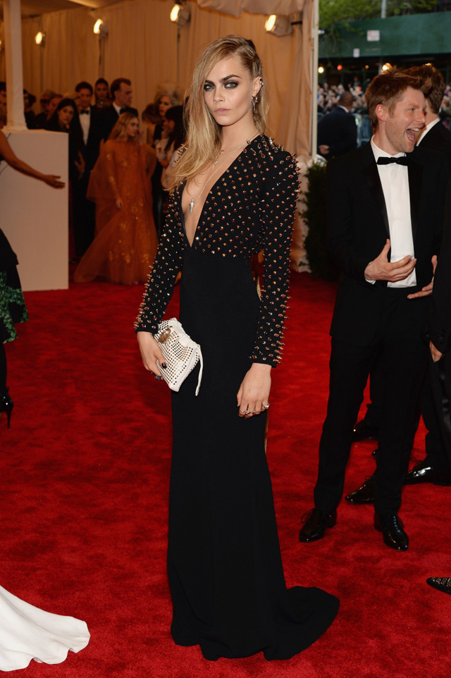 blog-da-alice-ferraz-met-gala-2013-cara-delevingne (1)